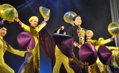 Khoảnh khắc ấn tượng của đêm diễn Cải lương phương Nam