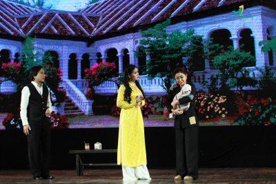 Cuộc hội ngộ giữa Nguyệt- Minh và vợ Minh